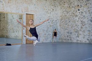 Participa neolaredense en concurso nacional de ballet
