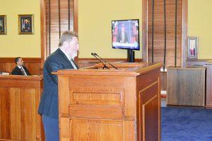 Ratifican a Téllez administrador de elecciones de Webb