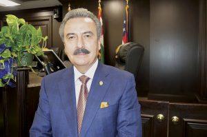 Busca Laredo  aumentar comercio internacional