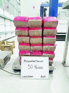 Incautan droga a regiomontano