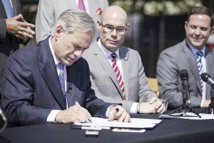 Preocupa ley firmada por gobernador Abbott