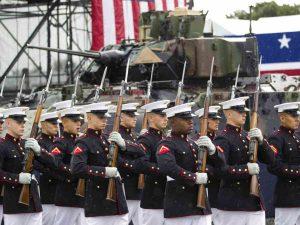 FOTOS: Así se vive el desfile por la Independencia de Estados Unidos