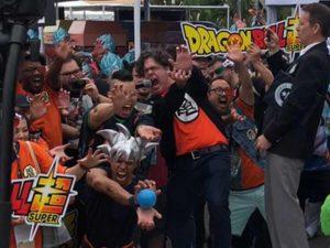 Fans de Dragon Ball rompen Récord Guinness con el 'Kamehameha' más grande