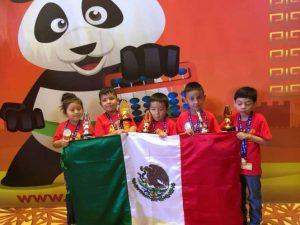 Cinco niños de Hidalgo ganan concurso de aritmética en China