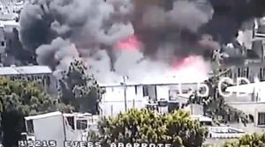 VIDEO: Se registra fuerte incendio cerca de la Central de Abasto en Iztapalapa