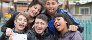 Amistad en redes sociales, concepto trivial y efímero