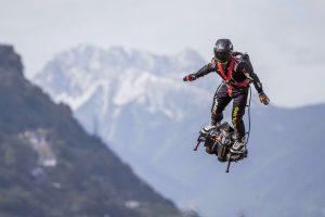 Francia presenta a su 'soldado volador' (VIDEO)