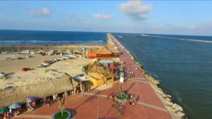 Turistas generan 50 toneladas diarias de basura en Altamira