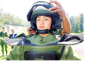 Mujer se une a brigada antibombas de Sedena por primera vez en la historia