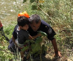 Se arrojan al río Bravo 40 indocumentados
