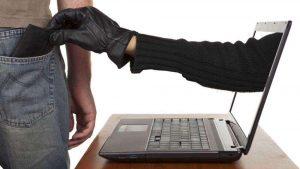 Cuídese de fraudes en redes sociales