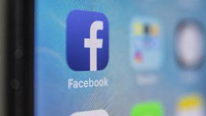 EU impone multa récord a Facebook de 5 mil mdd por violación a privacidad