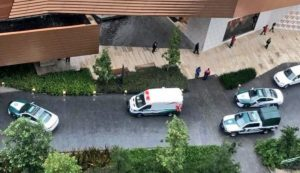 Reportan tiroteo en plaza Artz; hay un muerto