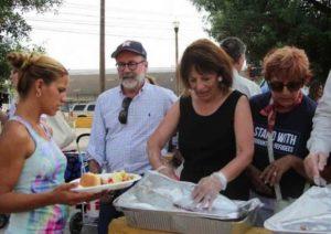 Visitan congresistas norteamericanos a migrantes en Tamaulipas