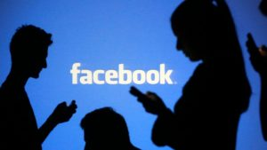 Multan a Facebook con 5 mil mdd por violación de privacidad