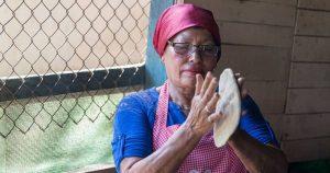 Facebook prohíbe la palabra tortillera en comentarios