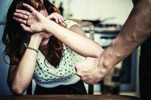 Denuncian una agresión a mujer cada 17 horas