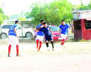 Manda Tinaja  en Liga Premier