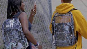 Piden mochilas transparentes en Reynosa