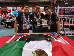 Oaxaqueños ganan concurso internacional de robótica ¡en China!