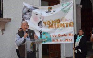 Alcalde de Teziutlán llama 'sucias y cobardes' a madres solteras