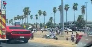 ACTUALIZACIÓN: Mueren 2  en volcadura frente a Mall del Norte (VIDEO)