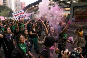 Marchan contra violencia de género en CDMX