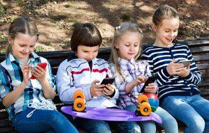 Generación Alfa prefiere tecnología que vacaciones y juguetes