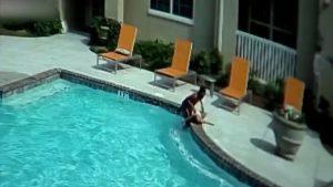 Salva mujer a niña de morir ahogada