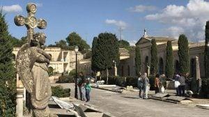 Investigan en España hallazgo de 200 cadáveres abandonados en cementerio
