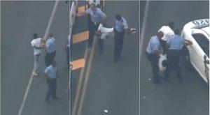 Momento en el que arrestan a supuesto tirador de Filadelfia; falta otro