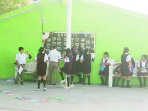 Fallas dejan sin 'luz' a escuelas