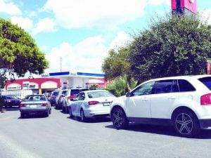 Reabren 3 gasolineras en Nuevo Laredo