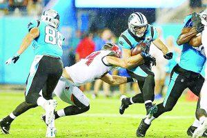 La defensa de Tampa  Bay aguanta embate  de último minuto y  derrota a Carolina