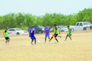 Pelea Deportivo 3C por cima en Azteca