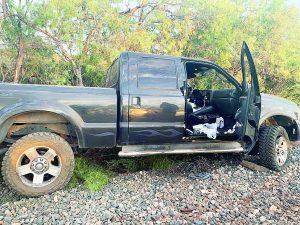 Recuperan camionetas robadas