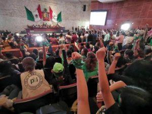 Aprueban en lo general legalización del aborto en Oaxaca