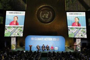 Exige joven activista acciones contra cambio climático