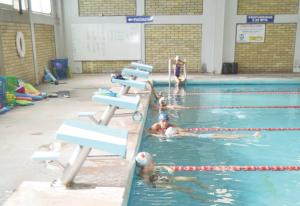 Harán torneo para mejores en natación