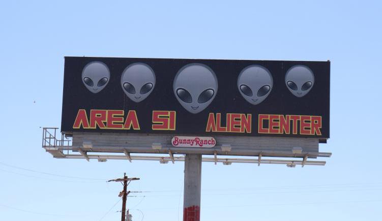 El asalto al Área 51 en Nevada, en vivo