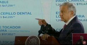 AMLO exhibe gastos excesivos de Peña Nieto en gel y papel higiénico