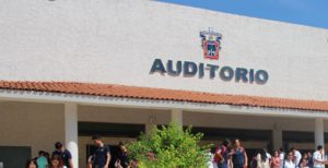 Hallan muerta en baños de plantel a alumna de la Universidad de Guadalajara