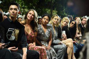 Yalitza se sienta en primera fila con Nicole Kidman y Kate Hudson en desfile de NY