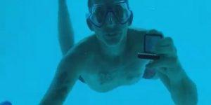 VIDEO: Muere ahogado después de pedirle matrimonio a su novia bajo el agua