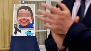 Mujer declara que asfixió a niño de 8 años por decirle que era fea