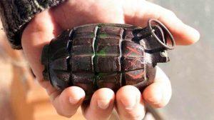Desata pánico en su kínder al llevar granada que encontró en campo militar