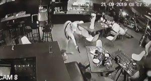 Masacre en un bar de Michoacán desata el pánico (VIDEO)