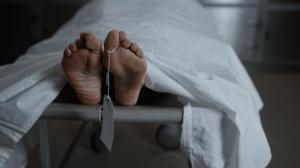 Cuerpo se mueve después de la muerte; estudio