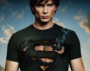 ¡Es oficial! Tom Welling volverá a ser Superman en el crossover 'Crisis en Tierras Infinitas'
