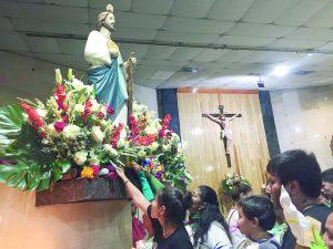 Por miles, pagan favores a San Judas